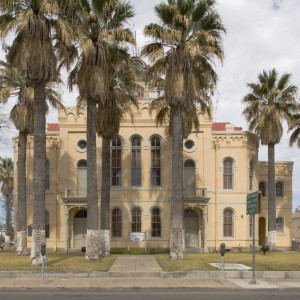 Historic Maverick County Courthouse