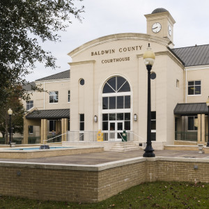 Baldwin County Courthouse (Bay Minette, Alabama)