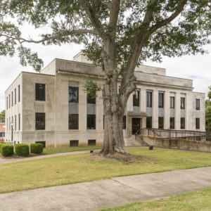 McNairy County Courthouse (Selmer, Tennessee)