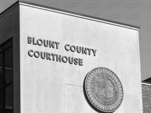 Blount-County-Courthouse-01009W.jpg