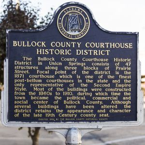 Bullock-County-Courthouse-01008W.jpg