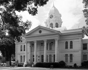 Colbert-County-Courthouse-01003W.jpg