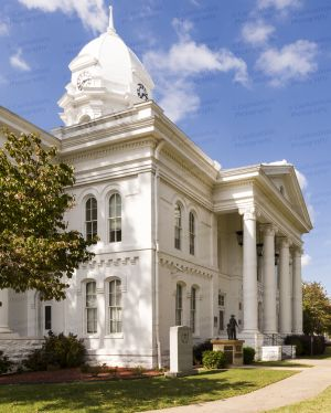 Colbert-County-Courthouse-01008W.jpg