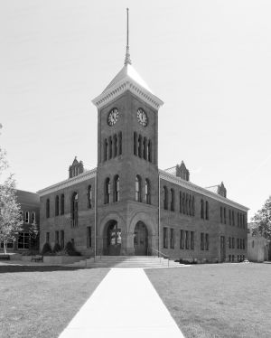 Coconino-County-Courthouse-01006W.jpg