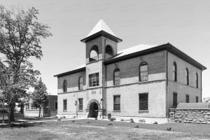 Historic-Navajo-County-Courthouse-01002W.jpg