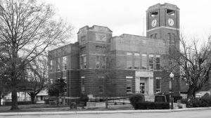 Franklin-County-Courthouse-02004W.jpg
