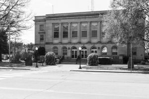 Johnson-County-Courthouse-01008W.jpg