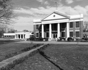 Yell-County-Courthouse-01010W.jpg