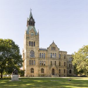Knox-County-Courthouse-01002W.jpg