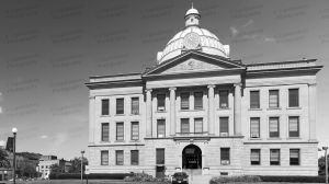 Logan-County-Courthouse-01007W.jpg