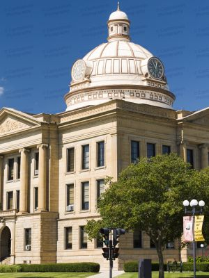Logan-County-Courthouse-01010W.jpg