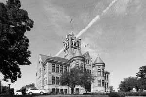 Johnson-County-Courthouse-03013W.jpg