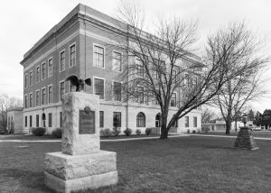 Osage-County-Courthouse-01002W.jpg