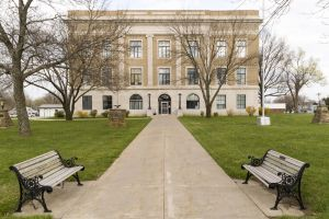 Osage-County-Courthouse-01008W.jpg