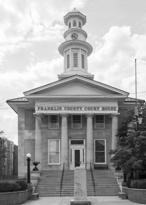 Franklin-County-Courthouse-03002W.jpg