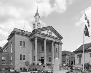 Grant-County-Courthouse-01003W.jpg