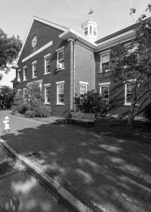 Nantucket-County-Courthouse-01010W.jpg