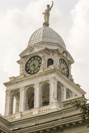Eaton-County-Courthouse-01013W.jpg