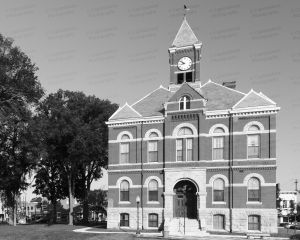 Livingston-County-Courthouse-01014W.jpg