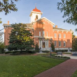 Historic-Frederick-County-Courthouse-01001W.jpg