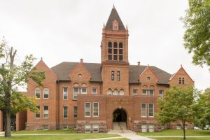 Douglas-County-Courthouse-01004W.jpg
