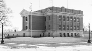 Merrick-County-Courthouse-01006W.jpg