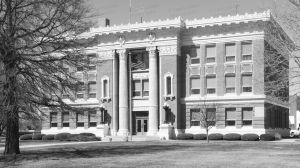 Polk-County-Courthouse-01010W.jpg
