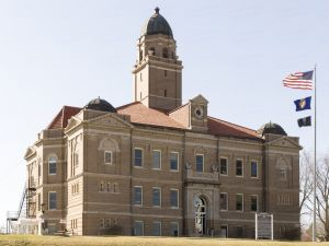 Saunders-County-Courthouse-01006W.jpg