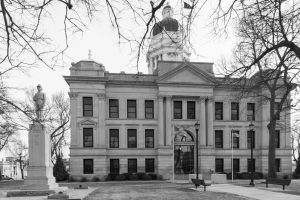 Seward-County-Courthouse-02004W.jpg