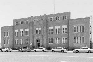 Curry-County-Courthouse-01005W.jpg