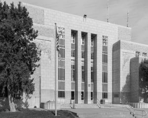 Quay-County-Courthouse-01007W.jpg