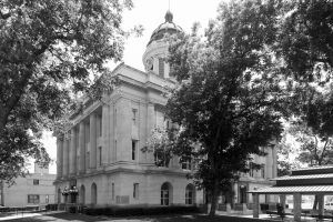 Carter-County-Courthouse-01017W.jpg