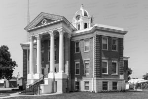 Love-County-Courthouse-01003W.jpg