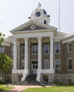 Love-County-Courthouse-01005W.jpg