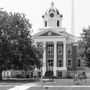 Love-County-Courthouse-01008W.jpg