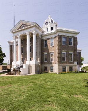 Love-County-Courthouse-01009W.jpg