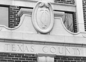 Texas-County-Courthouse-01006W.jpg