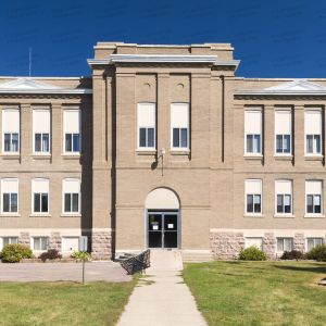 Former-Hanson-County-Courthouse-01001W.jpg