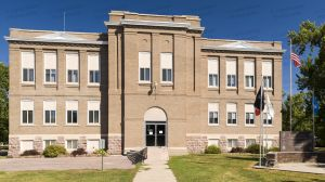 Former-Hanson-County-Courthouse-01002W.jpg