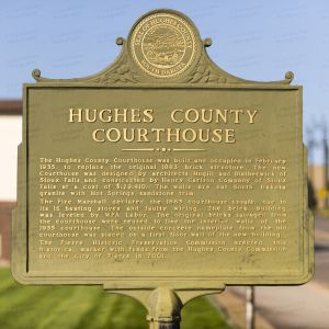 Hughes-County-Courthouse-01008W.jpg