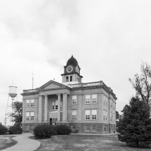 Sully-County-Courthouse-01002W.jpg