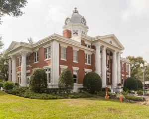 Pasco-County-Courthouse-01002W.jpg
