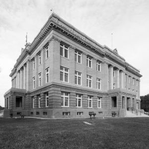 Historic-Cameron-County-Courthouse-01308W.jpg