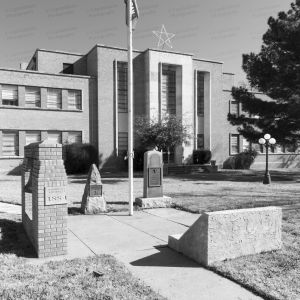 Coleman-County-Courthouse-01004W.jpg