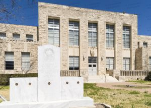 Comanche-County-Courthouse-01003W.jpg