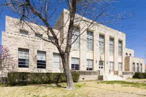 Comanche-County-Courthouse-01009W.jpg