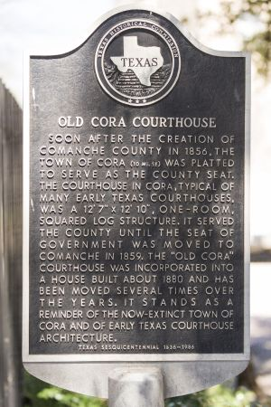 Historic-Comanche-County-Courthouse-01006W.jpg