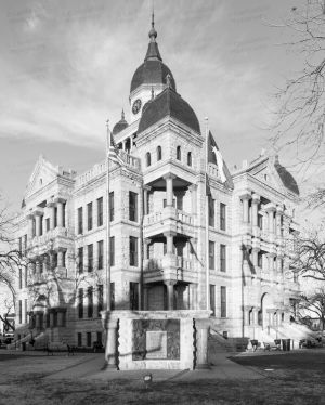 Denton-County-Courthouse-01005W.jpg