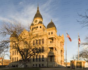 Denton-County-Courthouse-01007W.jpg