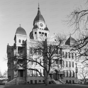 Denton-County-Courthouse-01008W.jpg